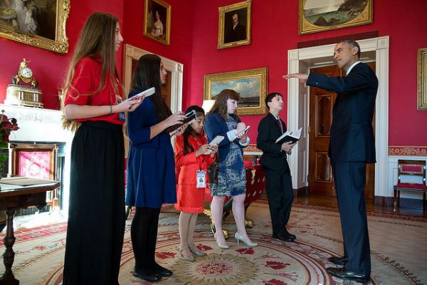 President Barack Obama meets with student reporters in the Red Room of the White House