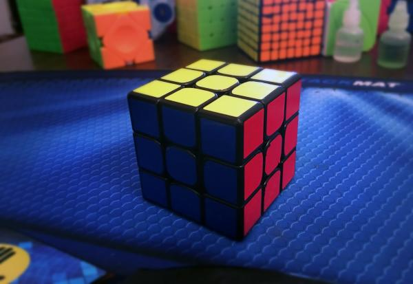 The Rubik's Cube Makes a Comeback | Kid Reporters' Notebook | Scholastic Inc.