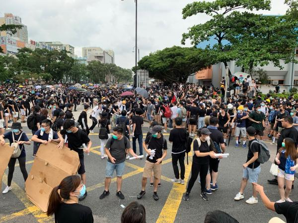Protests Continue in Hong Kong | Kid Reporters' Notebook | Scholastic Inc.