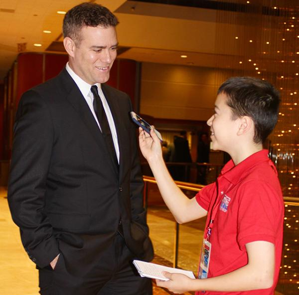 1354 Max interviews Theo Epstein, President of Chicago Cubs, at the Boston Baseball Writers Dinner