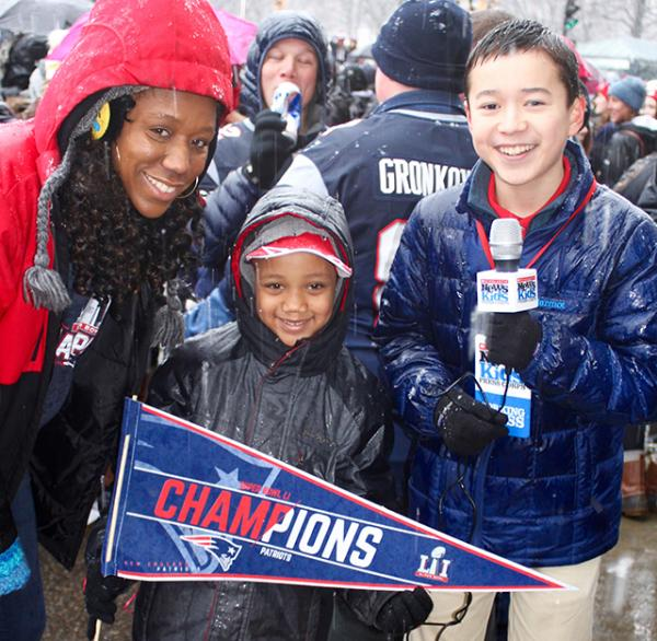 Max with Patriots fans before the parade begins