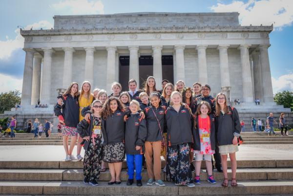 Top Youth Volunteers Visit the Capital | Kid Reporters' Notebook | Scholastic Inc.